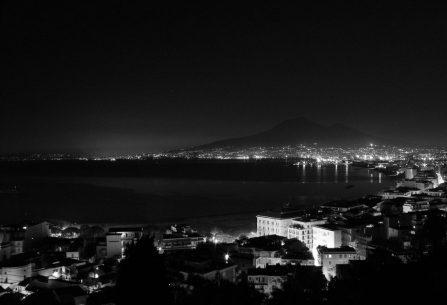 Hororová detektivka, kterou by Nesbø nenapsal. Vítejte ve fašistické Itálii 30. let, v historickém a mysteriózním thrilleru