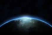 Ve stínu Země: v hlubinách vesmíru došlo k strašlivým událostem, Evropě hrozí nová válka a k Zemi se vrací tajemný raketoplán