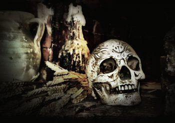 Doupě - Zhroucení koně: povídkový král nočních můr a hrůzy přináší asi to nejlepší, co u nás v hororu letos vyšlo a vyjde