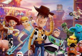 Toy Story 4: Návrat do světa hraček, který přináší spoustu zábavy nejen pro děti, Woodyho, Buzze Rakeťáka a Keanu Reevese