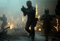 Zlomení andělé: cyberpunková knižní předloha pro druhou sérii seriálového sci-fi hitu Altered Carbon od Netflixu